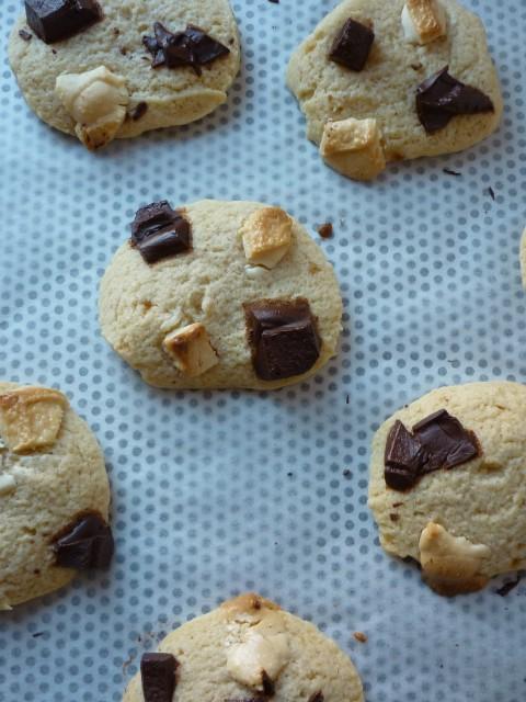 Cookies aux chocolats noir et blanc (12)